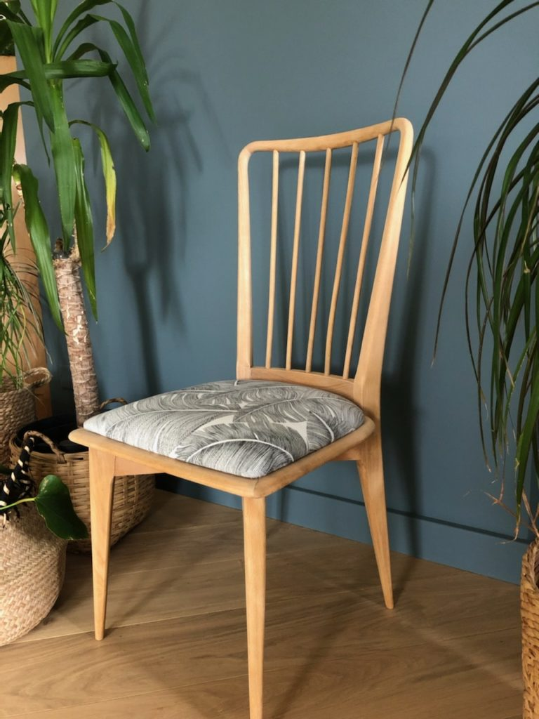 chaise vintage rénovée 2 Angers