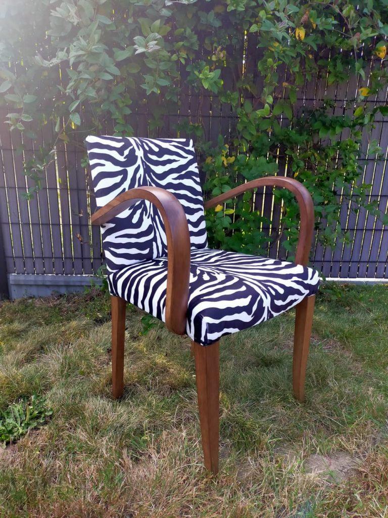 fauteuil bridge rénové avec tissu zébré Angers