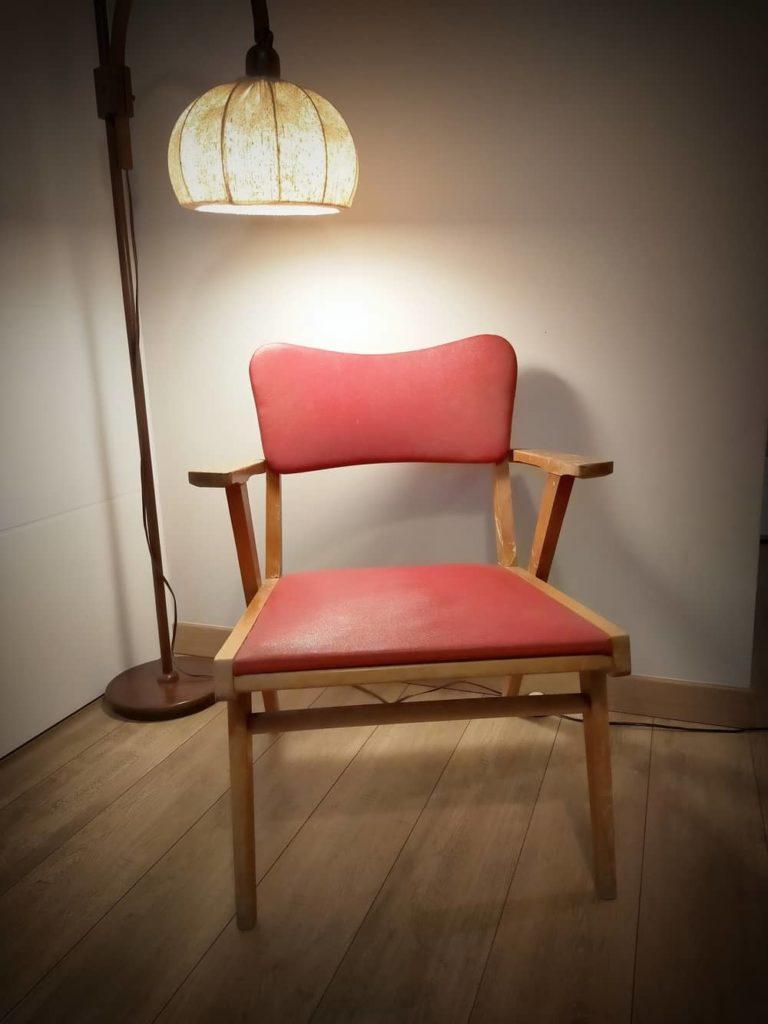 fauteuil scandinave vintage Lars à restaurer Angers